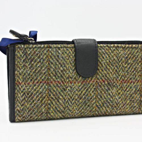 HT purse 2 PI low res